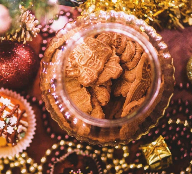 food-sweet-cookies-christmas.jpg
